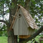 Nichoir en pin toit en bardeaux de red cedar