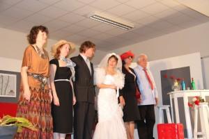 """""""Carnage au mariage"""" avec Chantal, Ailbhe, Frédéric, Marie-Laure, Laura et René"""